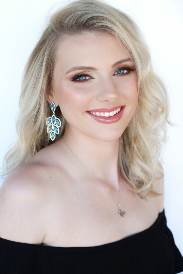 Holli Peters MISS NORTH SCOTTSDALE USA